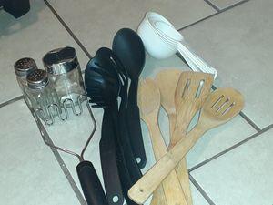 Misc. Kitchen tools for Sale in Hemet, CA