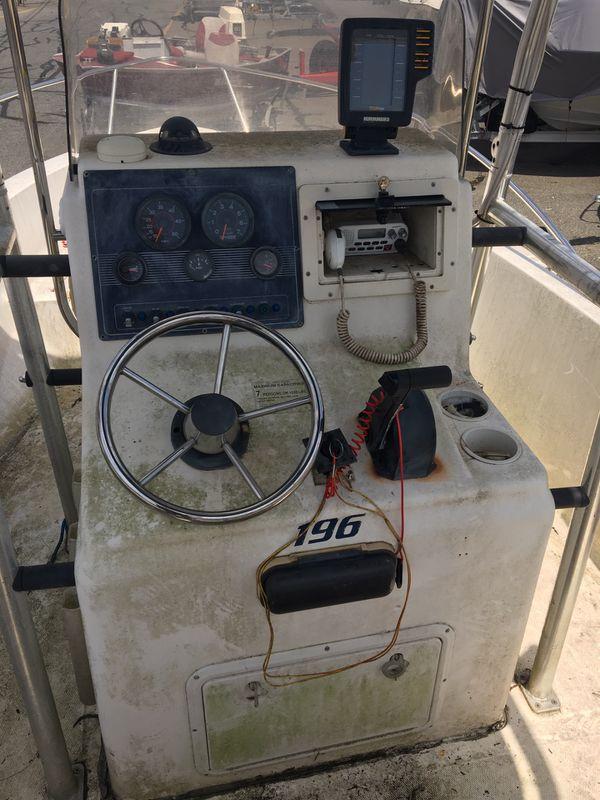 20 foot Seafox 2002 center consul open fisherman 115 Evinrude outbored