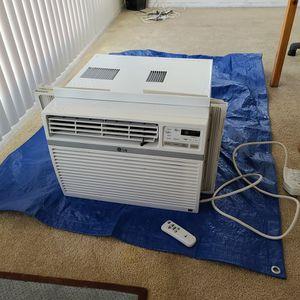 LG window air conditioner 10,000 BTU for Sale in Los Angeles, CA