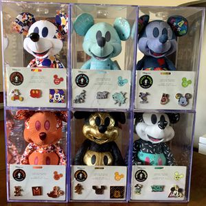 Disney Store Mickey Mouse Memories Collection for Sale in Los Angeles, CA