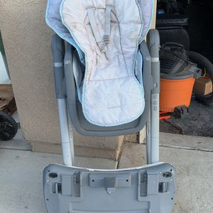 Free High Chair for Sale in Riverside, CA