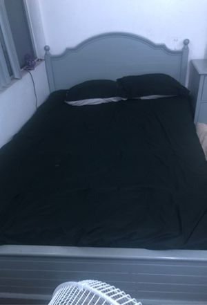 Grey full size bedroom set for Sale in San Diego, CA