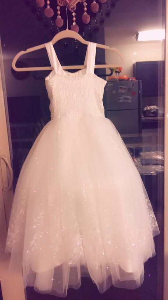 Kids wedding dress it's new