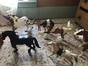 Breyer horses and barn for Sale in Wenatchee, WA