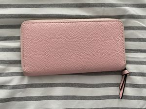 Pink wallet for Sale in College Park, MD