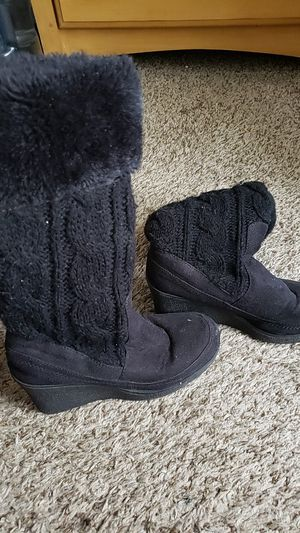 Knee high wedge boots. Warm COMFORTABLE cute!!! Size 8 feels like 7 1/2 for Sale in Denver, CO