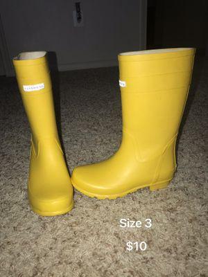 Rain Boots for Sale in Fort Belvoir, VA