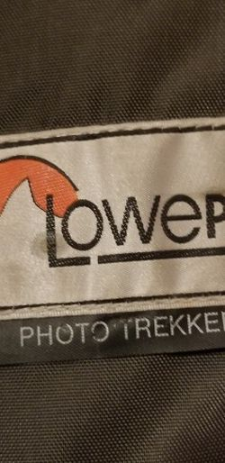LowPro Camera/Accessories Bag for Sale in Clovis,  CA
