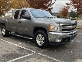 2013 Chevy Silverado 4X4WD ( 124k Miles ) for Sale in Kent,  WA