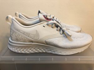 Nike Odyssey React 2 Flyknit Mesh Men's Running Shoes AT9975-001 Gray Sz 11 for Sale in Coral Springs, FL
