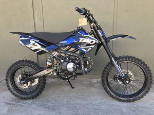 Brand new 125cc Dirt Bike Tao Motor (full size pit bike) for Sale in Richmond, CA
