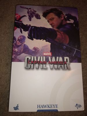Hot Toys Avengers Captain America Civil War Hawkeye for Sale in Long Beach, CA