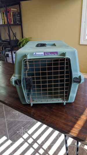 """Small Plastic Dog Crate (23""""L x 12""""H x 13""""W) for Sale in Portland, OR"""