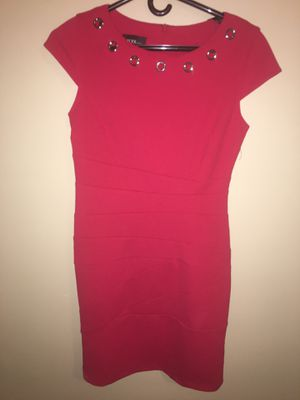 Red dress size 4 for Sale in Wichita, KS