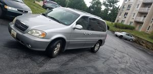 Clean 2005 kia Sedona for Sale in Laurel, MD