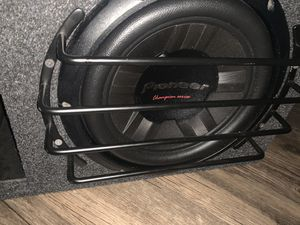 2 10 inch pioneer champion series subs and box for Sale in Chino, CA