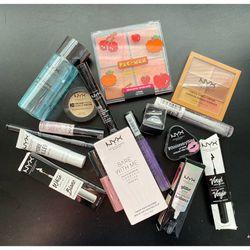 Makeup Bundle for Sale in San Diego,  CA