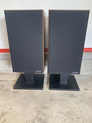 Polk Audio monitor 10 speakers for Sale in Grove City, OH