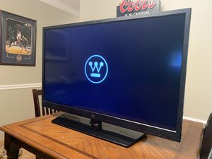 """Westinghouse 40"""" screen 1080i TV for Sale in Woodside, CA"""