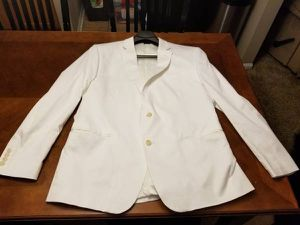 Like new Men's White Full Suit for Sale in Galloway, OH