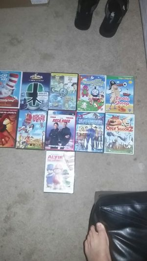 10 movies with dvd player and charger for Sale in undefined
