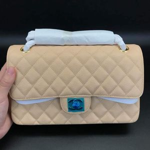 25 CM Quality Bag for Sale in Horizon City, TX