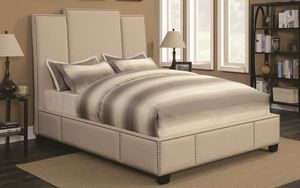 NEW King SIZE Upholstered Bed in Beige Fabric for Sale in Los Angeles, CA