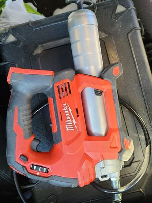 Milwaukee M18 electric Grease Gun for Sale in Lakewood Township, NJ