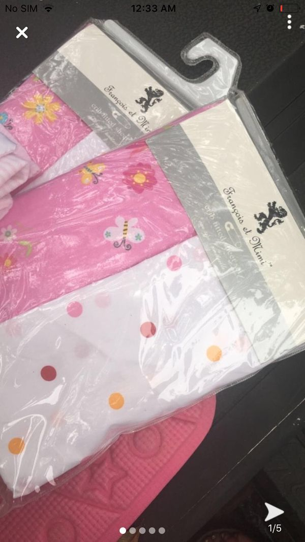 Baby blankets and baby book all for 10
