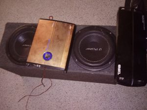 DS18 AMP 3700.4 ...PLANET AUDIO .1600 for Sale in Tampa, FL