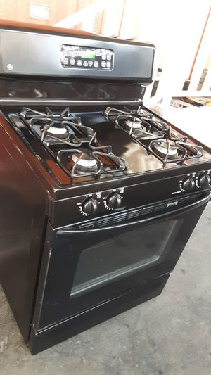 Gas stove excellent conditions $285 for Sale in South Gate, CA
