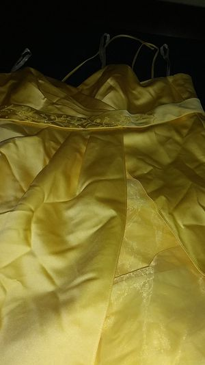 Canary Yellow Gently Used Bridemaid Dress in size 22 for Sale in Morrow, GA