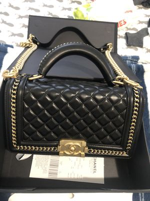 Chanel black lamb leather purse $600 for Sale in Riverside, CA