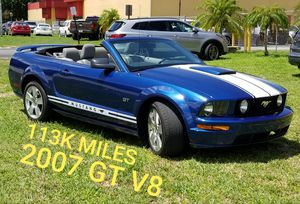 2007 MUSTANG GT PREMIUM CV 5-SPD MANUAL. SHELBY STRIPES. ORIGINAL COND for Sale in Miami, FL