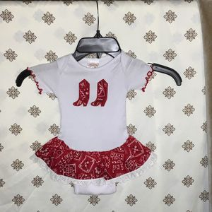 Baby Korral Western Onesie XS Up To 12 Pounds for Sale in Choctaw, OK