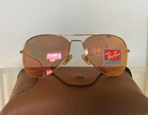 Brand New Authentic Aviator Sunglasses for Sale in Houston, TX