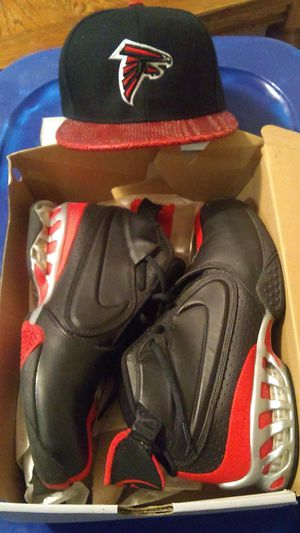 Nike Michael Vicks Size 10 excellent condition for Sale in Marrero, LA