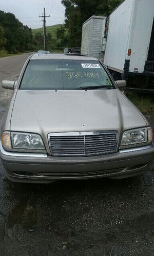 1999 MERCEDES C-280, 2.8L, AUTOMATIC TRANSMISSION, PARTS ONLY, #BGE-11084 for Sale in Tampa, FL