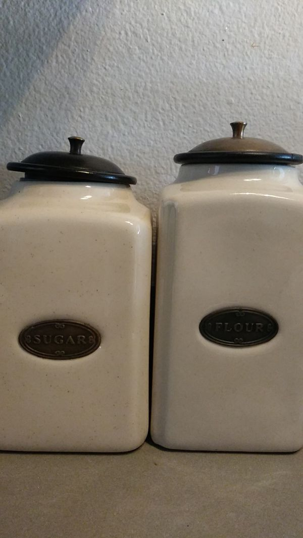 Sugar and flour containers
