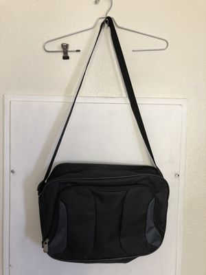 Messenger bag for Sale in North Las Vegas, NV