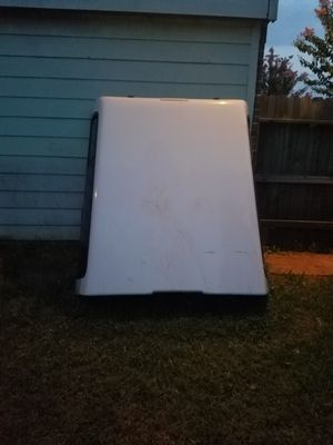 Camper shell 400.00 OBO for Sale in Sugar Land, TX