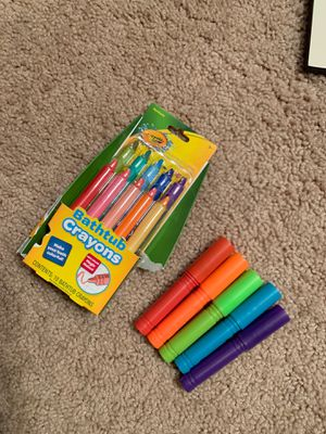 Crayola Crayons Bath Crayons and Markers for Sale in Phoenix, AZ
