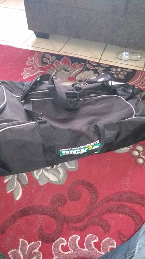 Dicks sporting goods sport bag for Sale in Kingsburg, CA