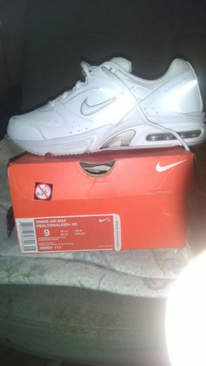 Nike air running shoes used once for Sale in Bronx, NY