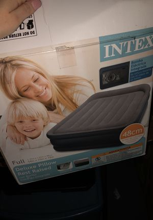 FULL SIZE AIR MATTRESS for Sale in Worcester, MA