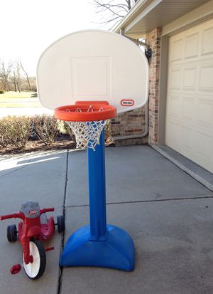 Basketball Hoop made by Little Tike for Sale in Lockport, IL