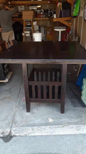 Kitchen or dining room table for Sale in Las Vegas, NV
