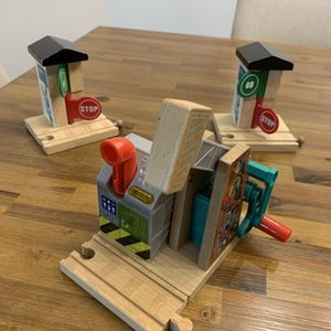Thomas and Friends Set of Signals and Station for Sale in Miami, FL