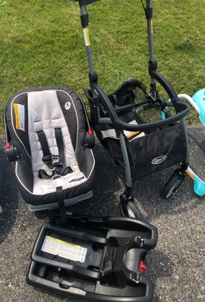 Graco Travel System for Sale in Belvidere, IL