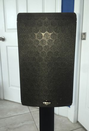 Klipsch home/theater wired speakers for Sale in Kissimmee, FL